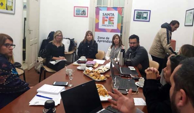 """The National Administration of Public Education of Uruguay is introduced to the Argentinian Ministry for Education's """"Back-to-School Plan"""""""
