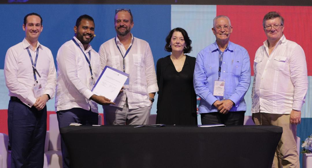 En la foto, en el acto de la firma de ingreso de República Dominicana al programa de EUROsociAL+, en el II Encuentro del Programa: Construyendo Confianza y Cohesión Social, efectuado en Cartagena de Indias el pasado Julio de 2019.
