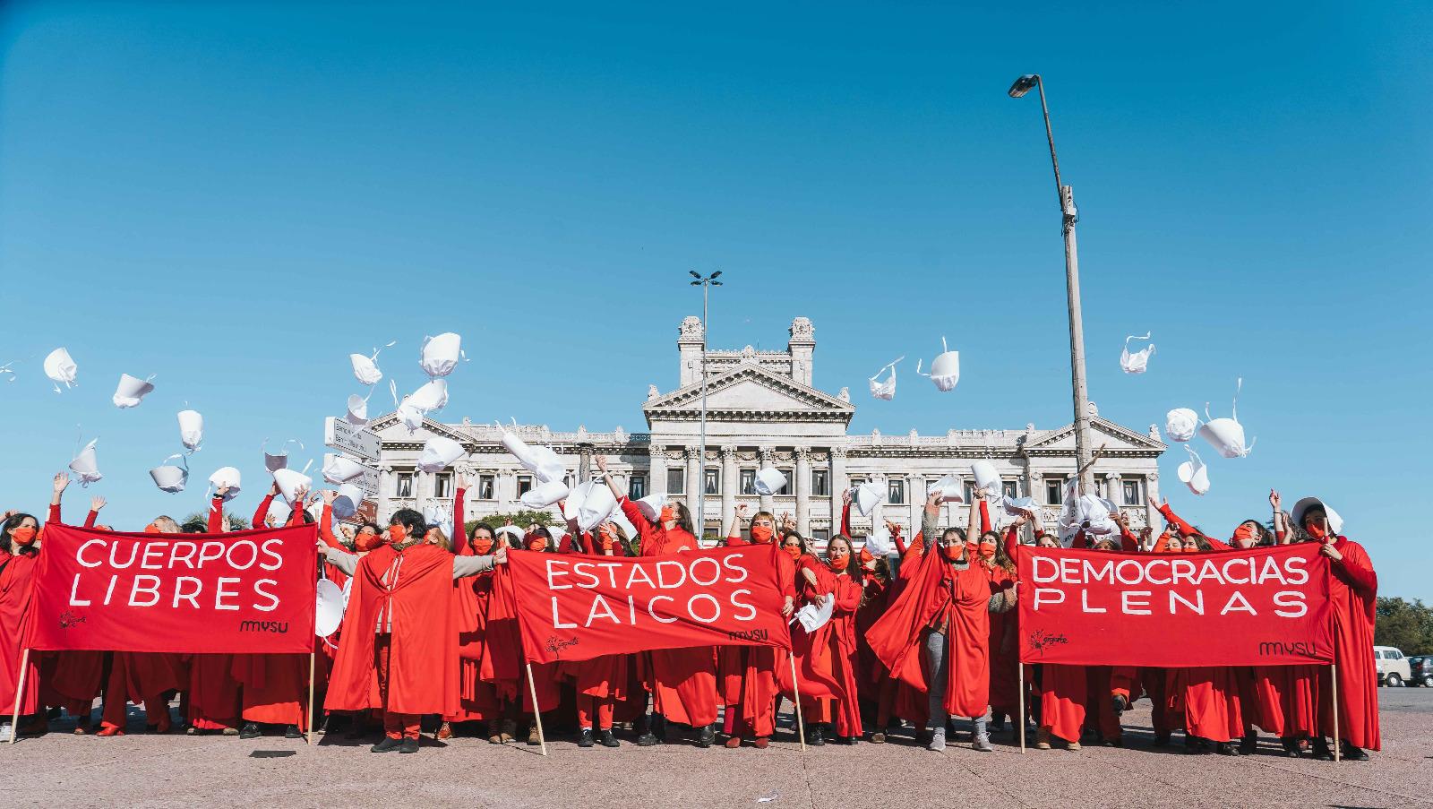 Alianzas entre política pública, academia y cooperación internacional en la agenda de género. El caso uruguayo